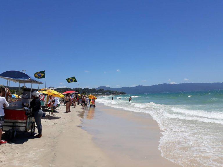 Sunny day in Jurerê Internacional, Florianópolis