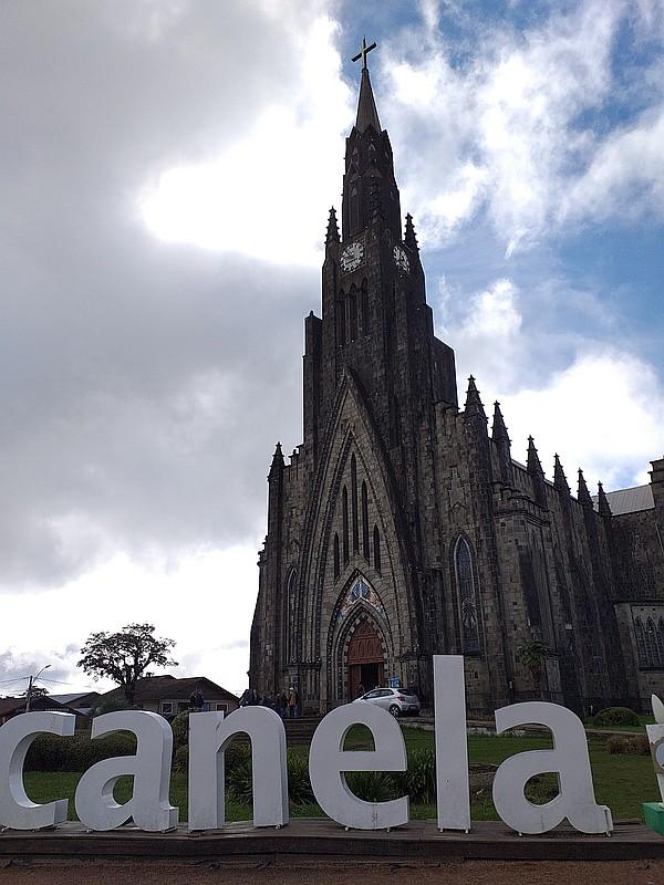 Canela-Igreja-de-Pedra 3x4
