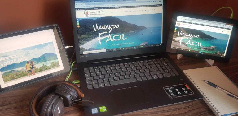 Computadores no escritório nômade do Viajando Facil - ganhar dinheiro viajando
