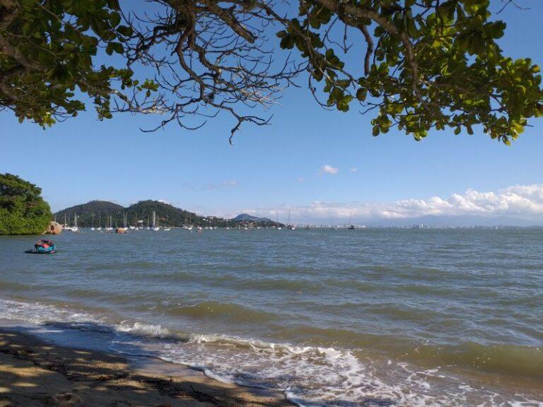 Destination-Florianópolis-santo-antonio-vista