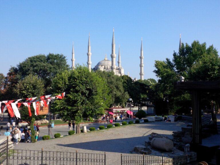 4x3 blue mosque view